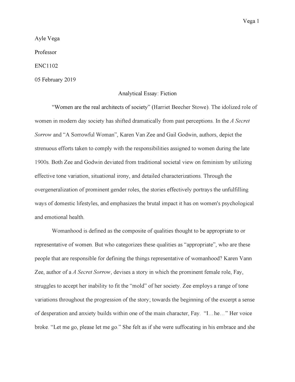 Scholarship application essay format